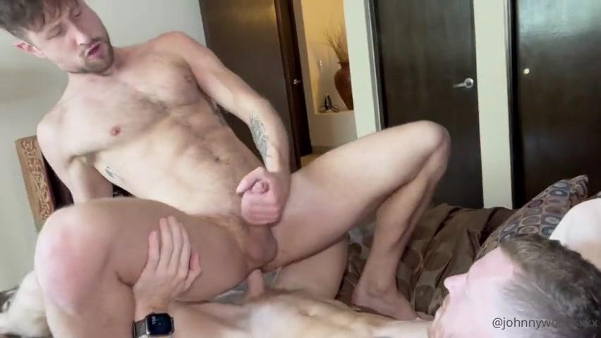 Johnny Woods (johnnywoodsx) fucks Drew Dixon (DrewDixonXXX)