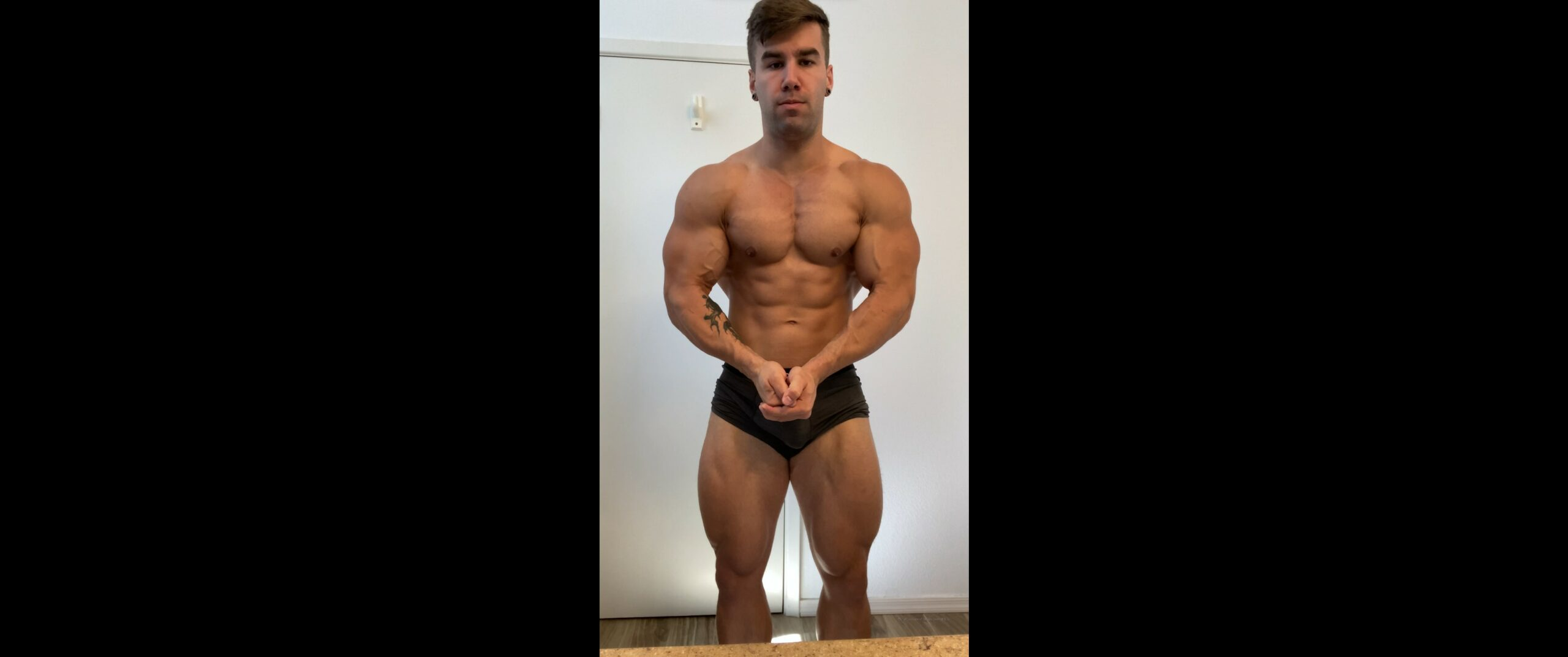 Showing off my muscles - Jake Burton (JakeBurtonOfficial)